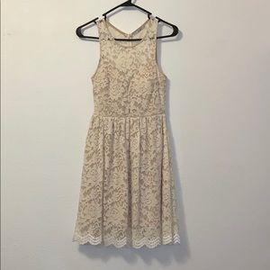 White/Cream Lace Dress